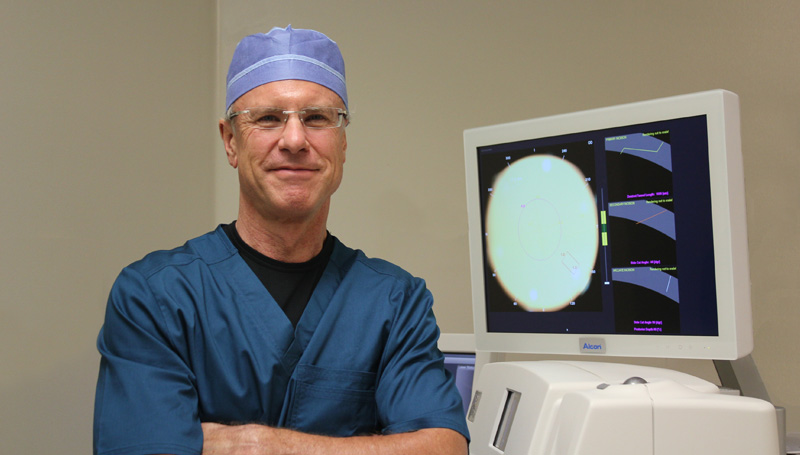 cataract surgery specialist dr gregory snodgrass