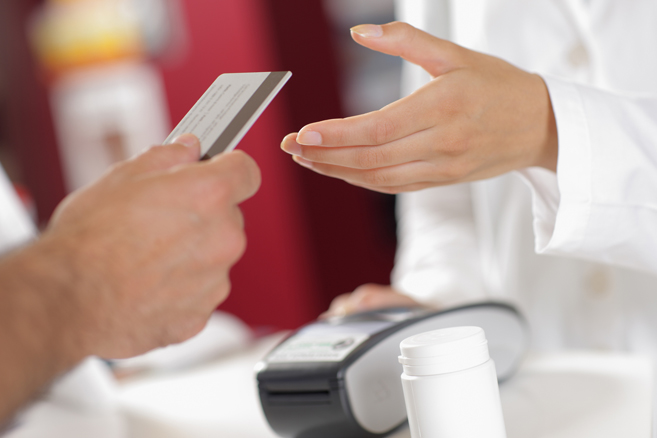 patient-paying-with-carecredit