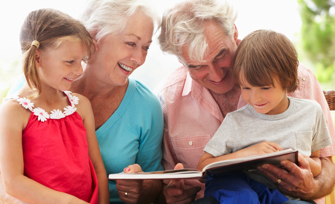 grandparents-reading-to-grandchildren