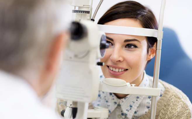 optometrist-performing-eye-exam