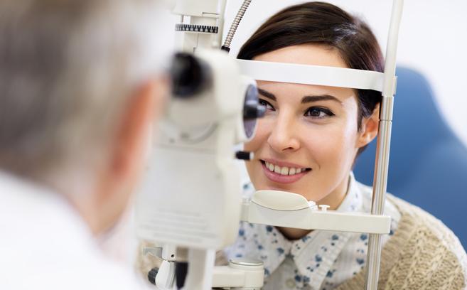 optometrist-performing-eye-exam